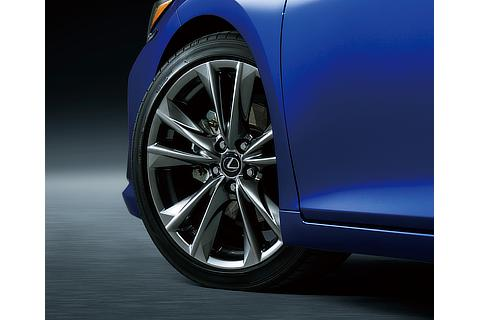 19-inch Aluminium Wheel (F SPORT exclusive)