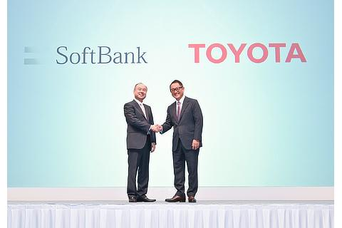 Masayoshi Son, Representative, SoftBank GrouJunichi Miyakawa, Representative Director & CTO, SoftBank Corp. / Masayoshi Son, Representative, SoftBank Group / Akio Toyoda, President, Toyota Motor Corporation / Shigeki Tomoyama, Executive Vice President, Toyota Motor Corporationp / Akio Toyoda, President, Toyota Motor Corporation