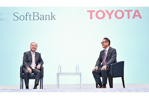 Masayoshi Son, Representative, SoftBank Group / Akio Toyoda, President, Toyota Motor Corporation