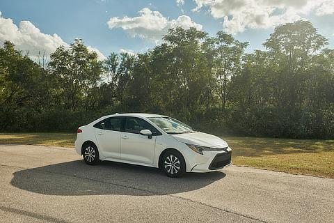New Corolla (North America, Sporty model, hybrid)