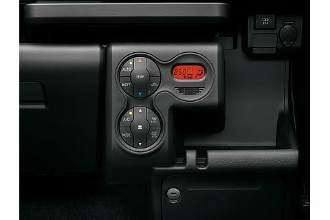 オートエアコン&プッシュ式ヒーターコントロールパネル(ハイブリッド車)