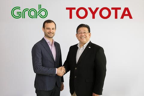 Grab Holdings Inc. Head of Regional Operations Russell Cohen氏/トヨタ・モーター・アジア・パシフィック株式会社 社長 松田 進