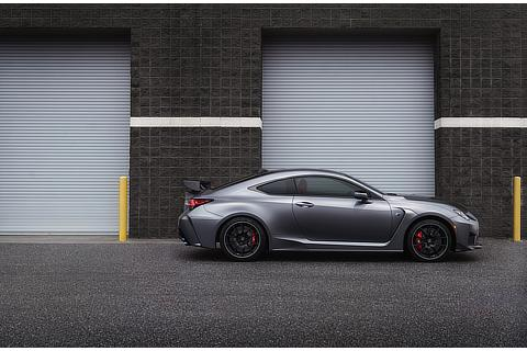 "LEXUS RC F ""Performance package"""