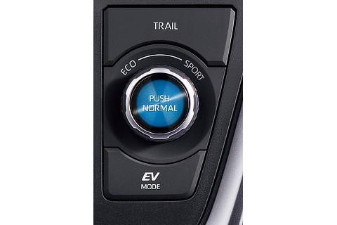 ハイブリッド車 E-four TRAILモード・ドライブモードセレクト(ダイヤル式)