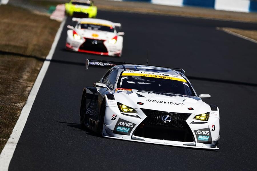 予選に挑むK-tunes RC F GT3 96号車(新田 守男/阪口 晴南)