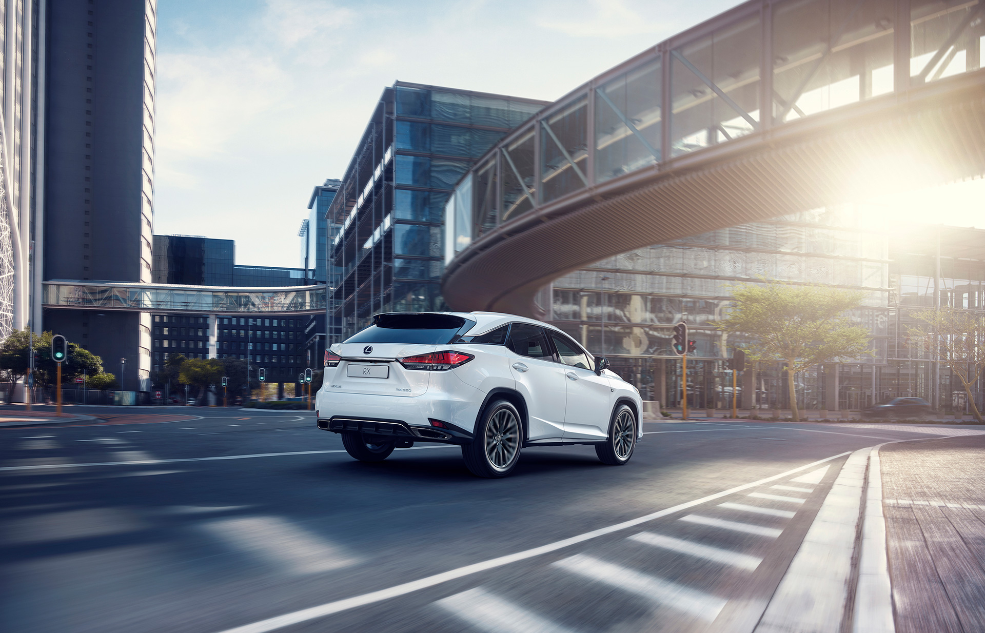 New Lexus RX Makes World DebutThe Pioneer of the Luxury SUV Segment Evolves to New Heights Equipped with the Latest Technology - Image 7