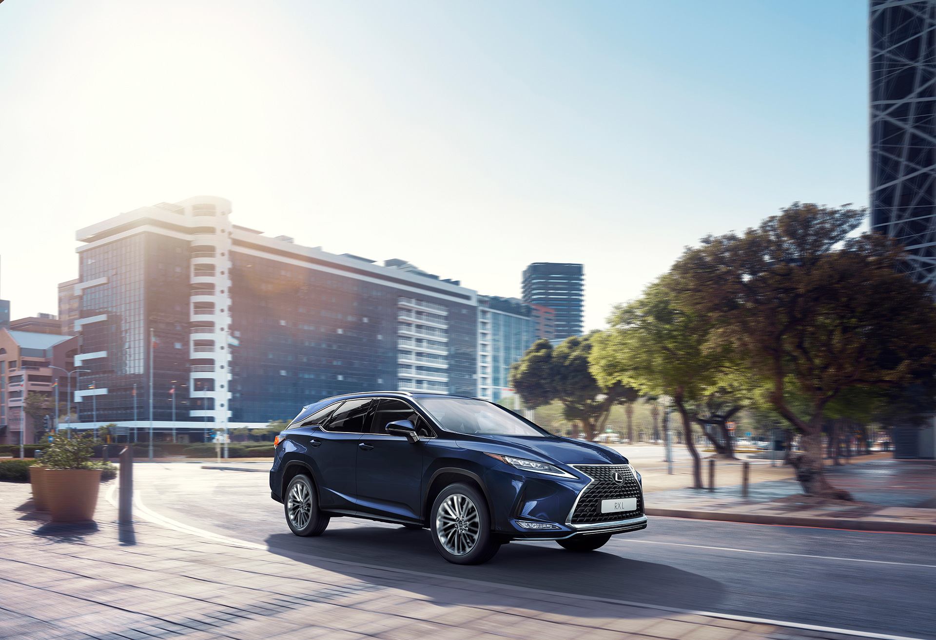 New Lexus RX Makes World DebutThe Pioneer of the Luxury SUV Segment Evolves to New Heights Equipped with the Latest Technology - Image 4