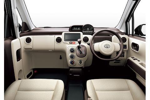 ポルテ F(2WD)(内装色 : フロマージュ)<オプション装着車>