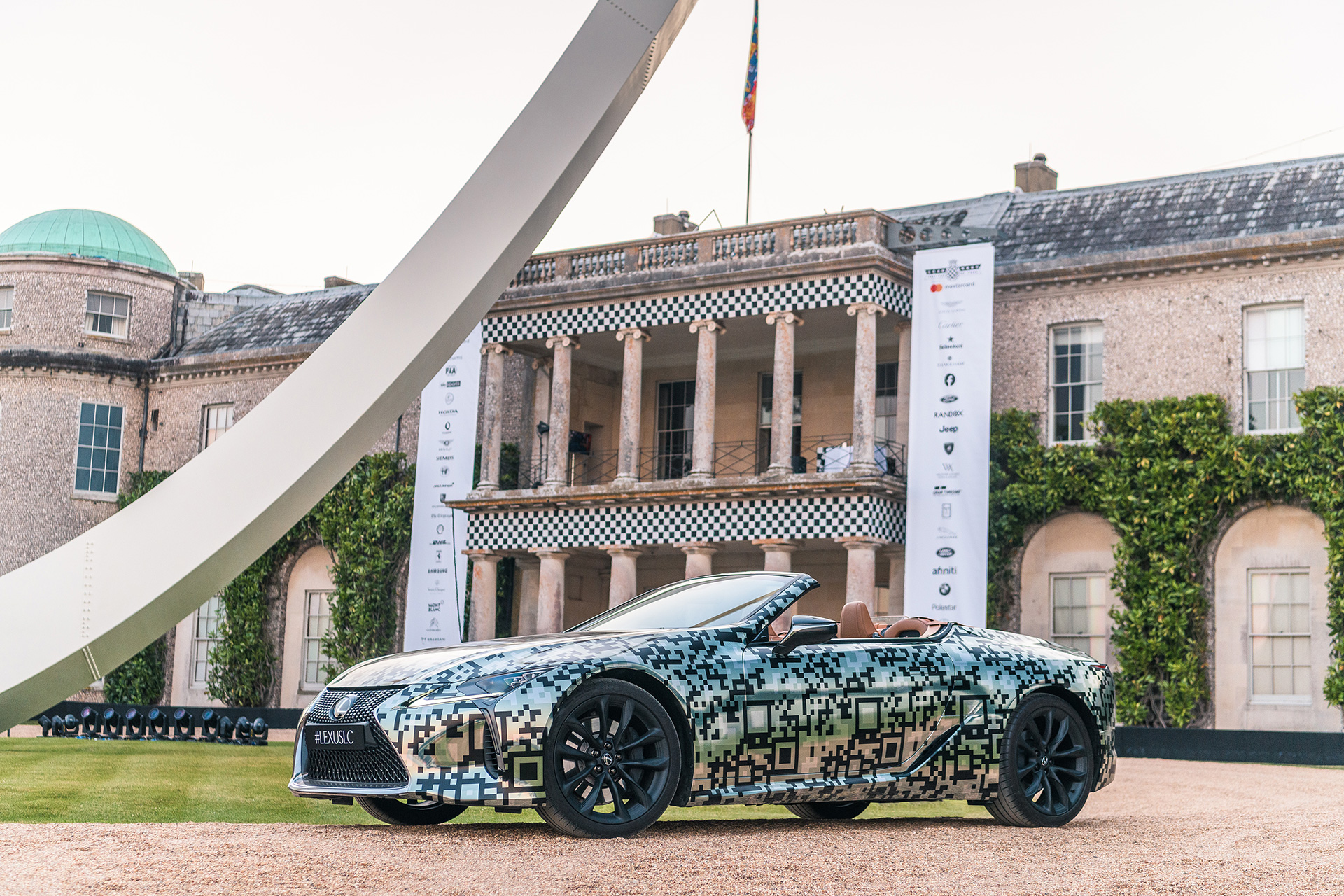 Lexus Unveils LC Convertible Prototype at Goodwood Festival of Speed - Image 3