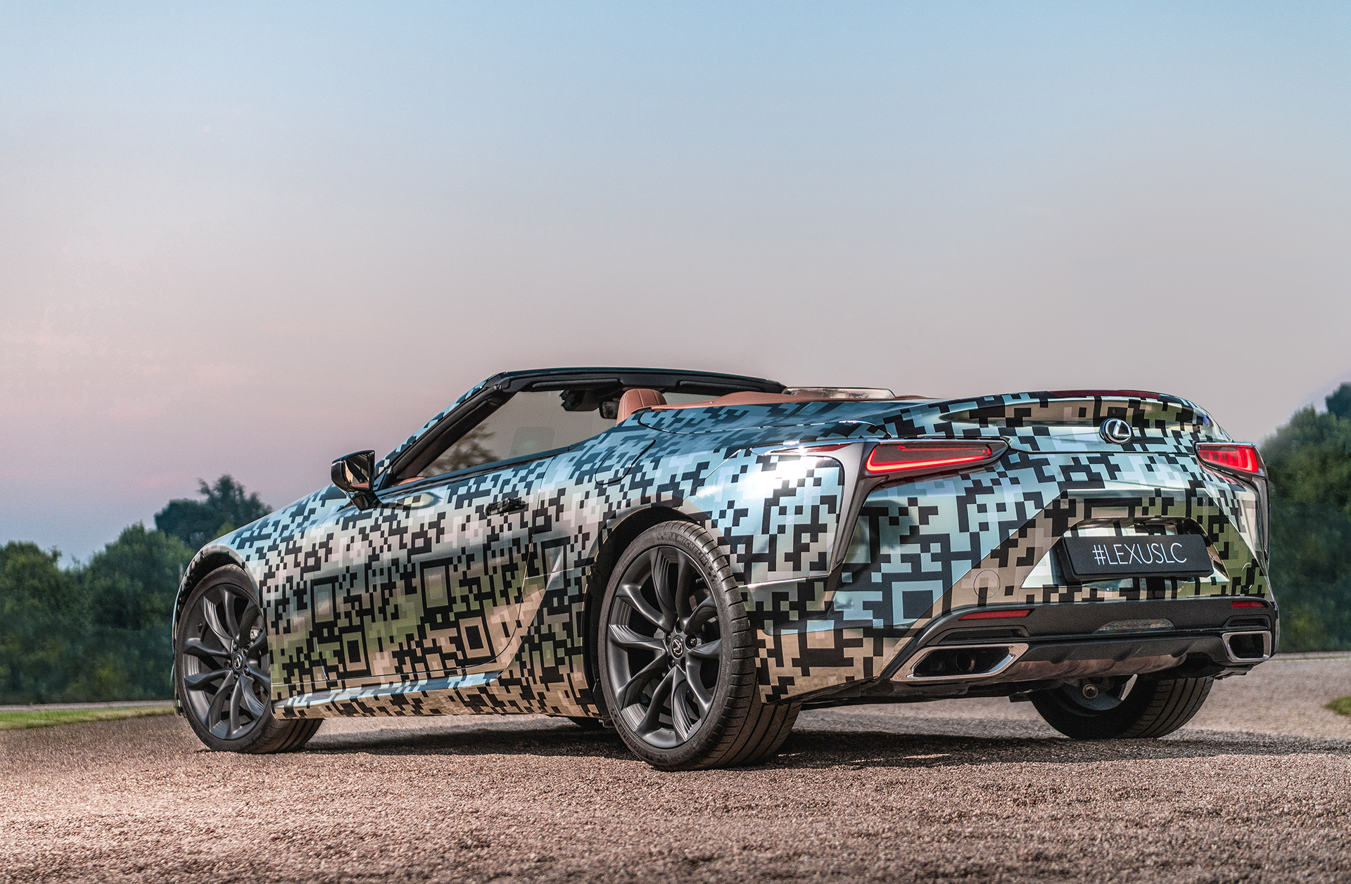 Lexus Unveils LC Convertible Prototype at Goodwood Festival of Speed - Image 2