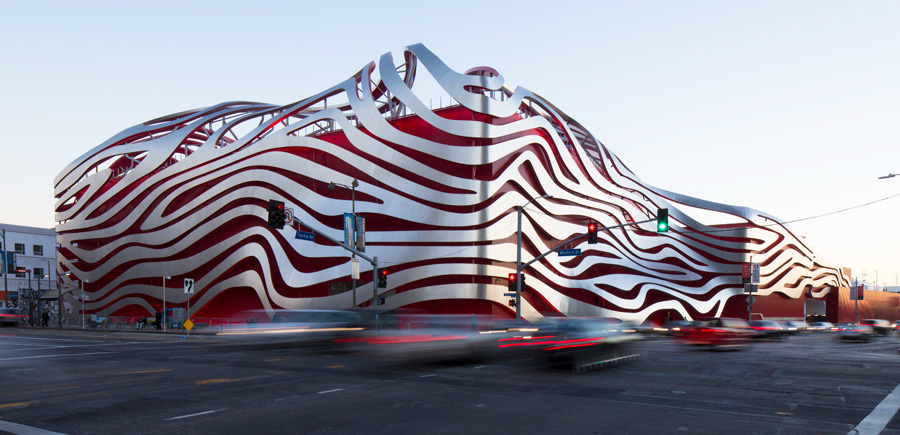(提供 : Petersen Automotive Museum)