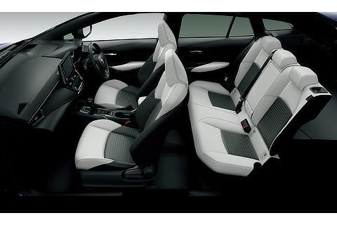 HYBRID W×B(2WD)(内装色 : ブラック/シート色 : ホワイト)<オプション装着車>