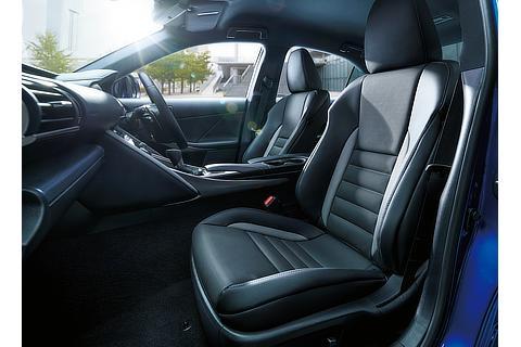 特別仕様車専用L texスポーツシート(ブラック&アクセントグレー・ブルーグレーステッチ)