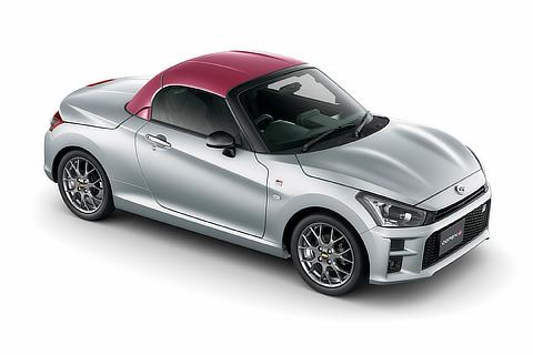 GR SPORT(5MT)Dラッピング(カーボン調成型PVC貼付)(ワインレッド)<オプション装着車>