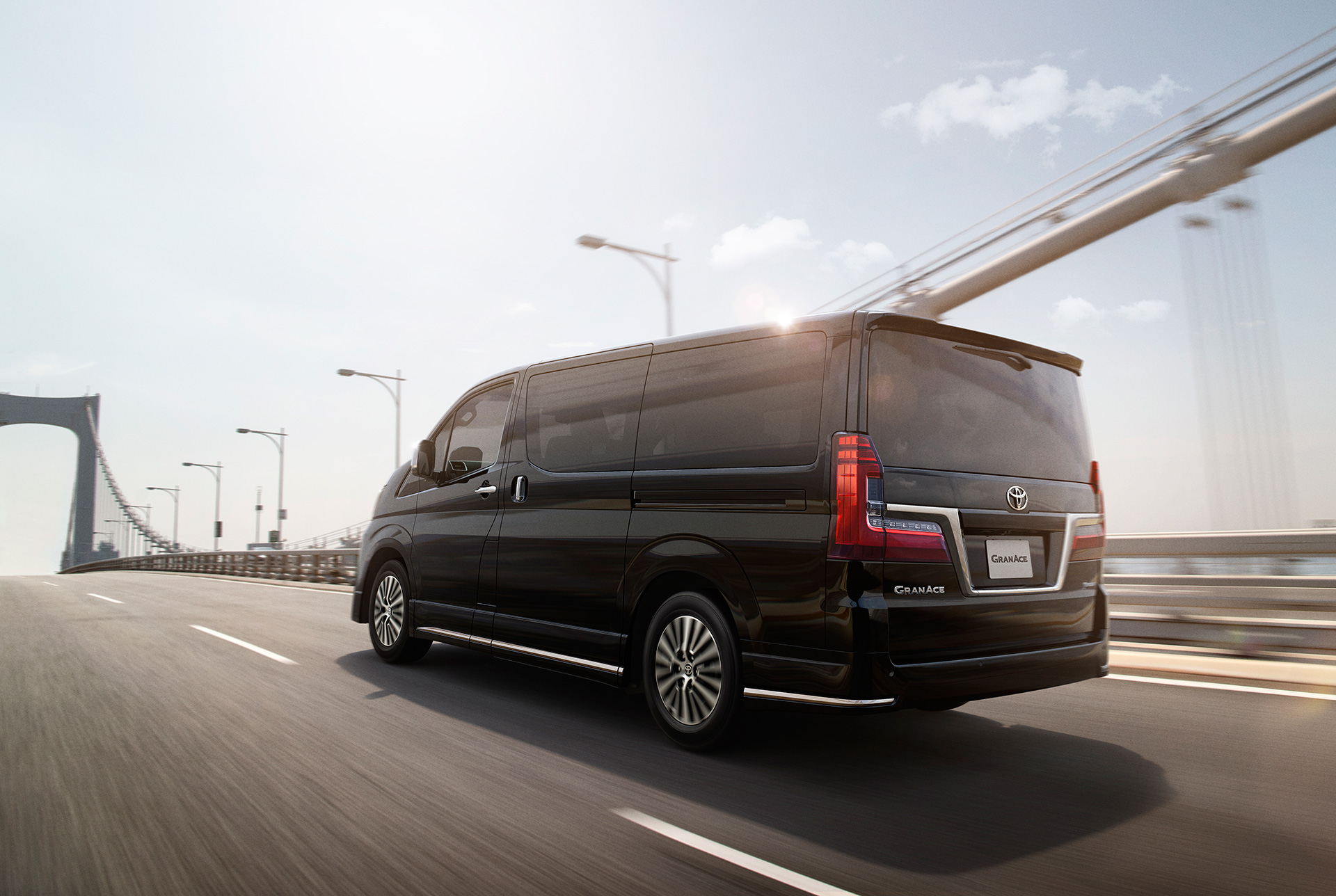 """Toyota to Launch New Model """"Granace"""" in JapanSales of large luxury wagon to start from December 16 - Image 3"""