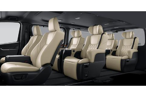 Interior color (Neutral Beige Seat Black Roof)