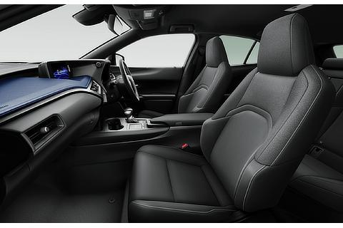 """UX200 特別仕様車""""Blue Edition""""(インテリアカラー : コバルト&ブラック)<オプション装着車>"""