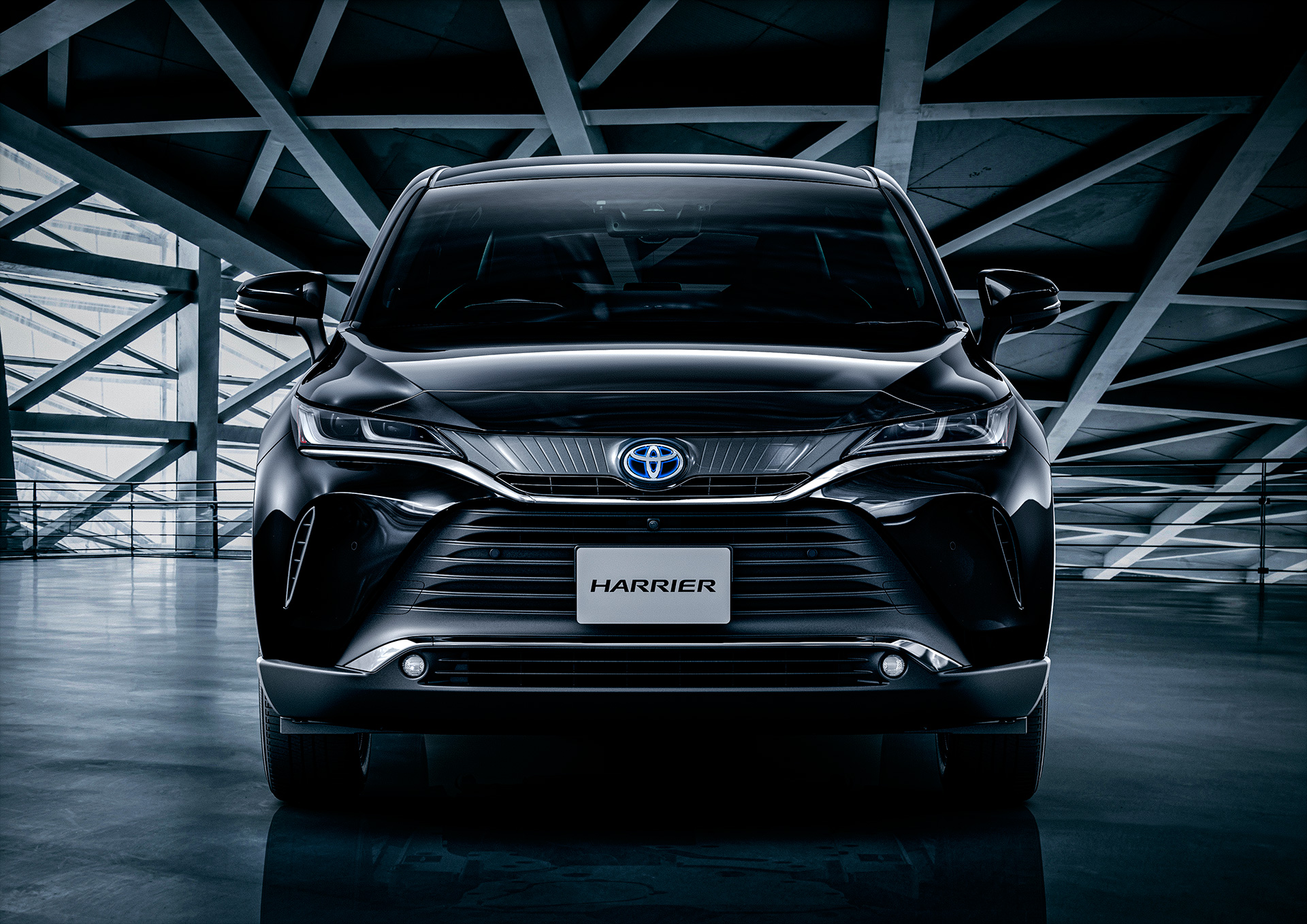 Toyota to Unveil New Model Harrier in JapanOffering a new presence that goes beyond the traditional SUV category - Image 3
