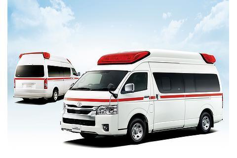 """左 : トヨタ救急車(2WD)(ホワイト)<オプション装着車> 右 : トヨタ救急車""""ハイメディック""""(4WD)(ホワイト)<オプション装着車>"""