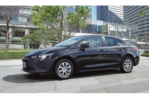 """カローラ 特別仕様車 G-X""""PLUS""""(ブラックマイカ)"""