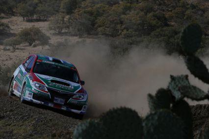 WRCラリー・メキシコ(出展 : SUBARU-STI PHOTO LIBRARY)