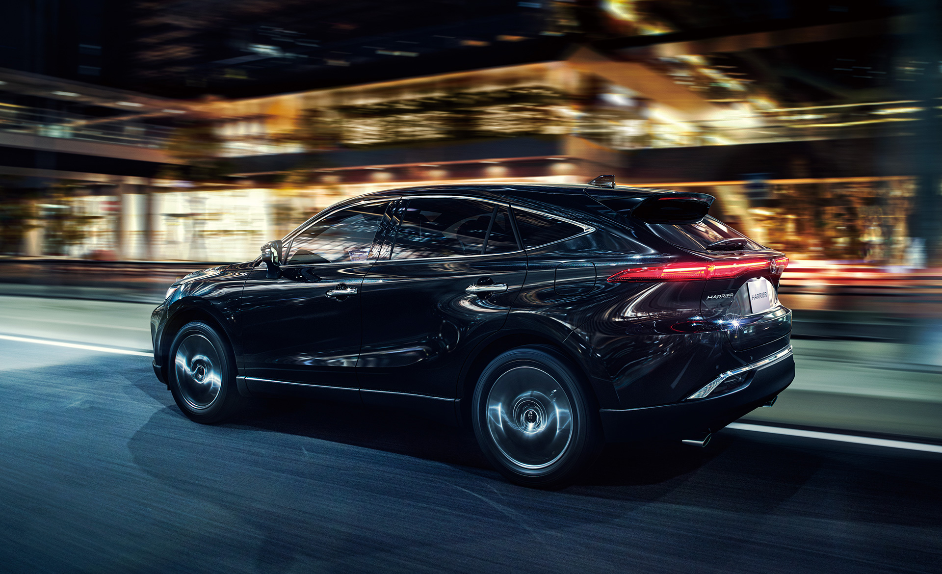 Toyota Launches New Model Harrier in Japan - Image 4