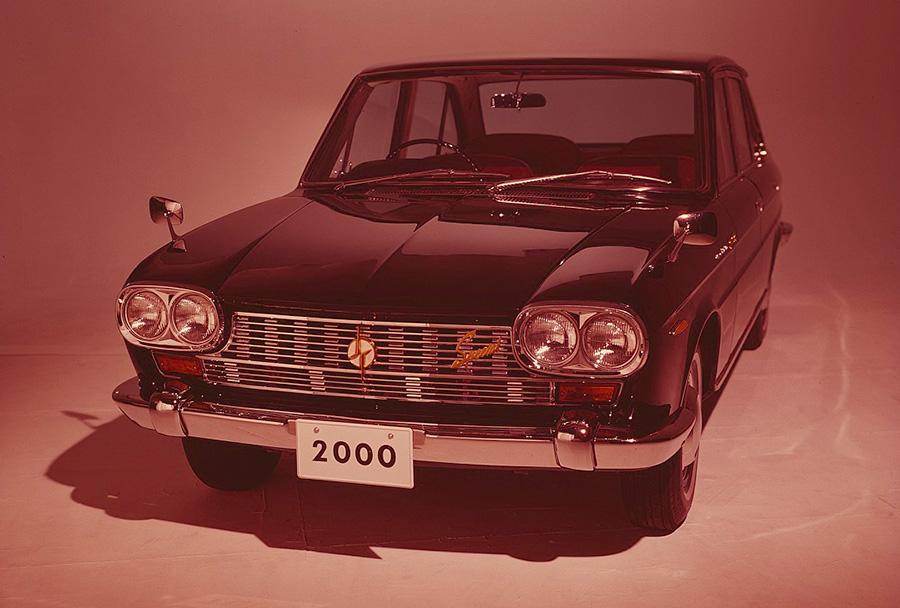 セドリック(1966年)提供 : 日産自動車