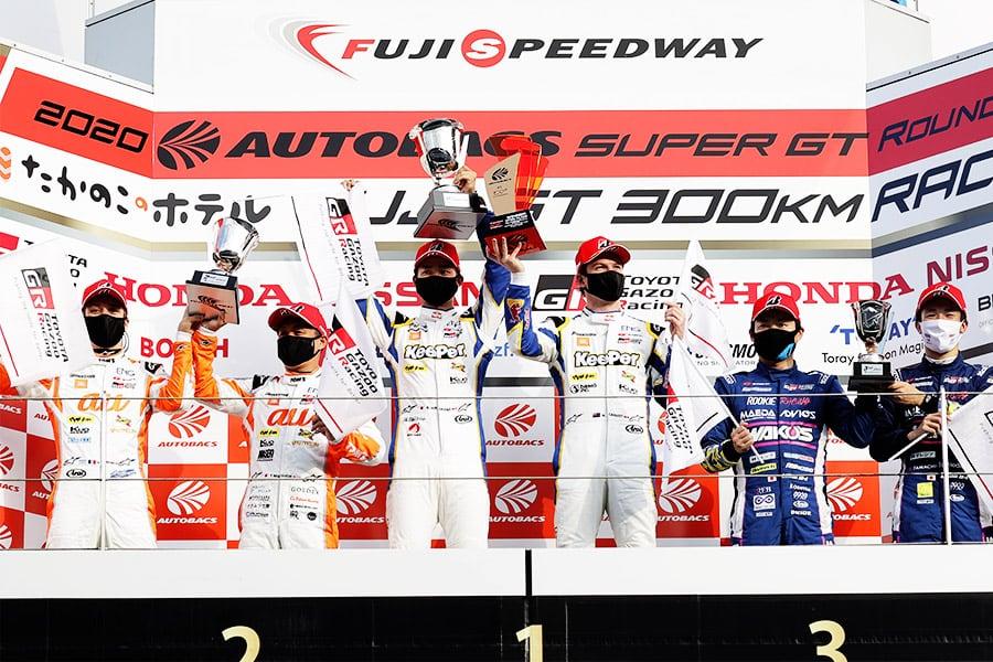 圧巻のレースでポール・トゥ・ウィンを飾った平川 亮/ニック・キャシディ組 KeePer TOM'S GR Supra 37号車