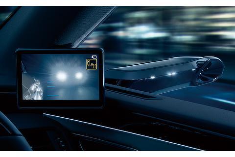 デジタルアウターミラー(後続車のヘッドランプ入射時)