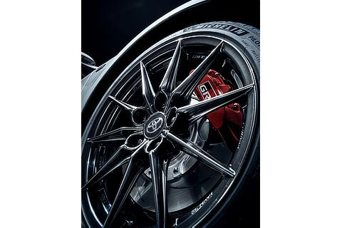 18-inch tire with Forged aluminum wheel