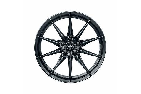 18-inch forged aluminum wheel