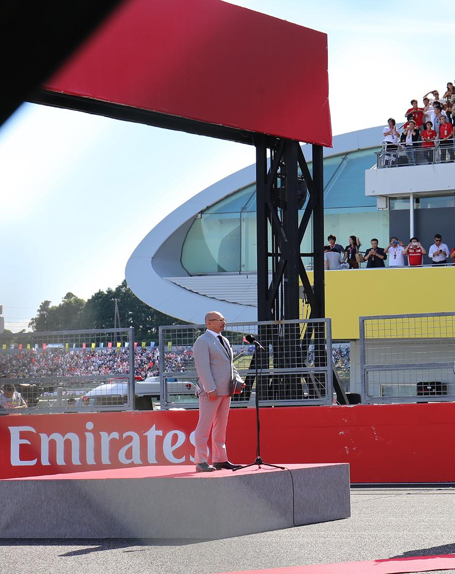 2017年のF1日本グランプリで国歌独唱