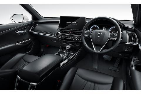 RS Advance(内装色ブラック)<オプション装着車>