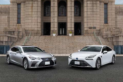 LEXUS LS/TOYOTA MIRAI(Advanced Drive)