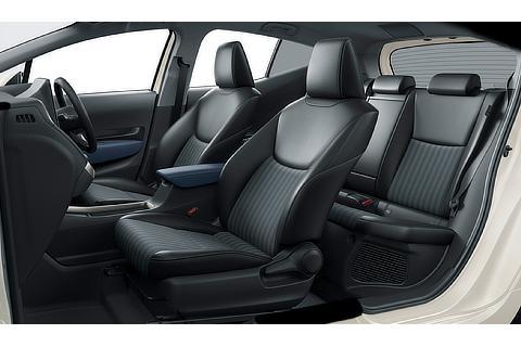Z(2WD)(内装色 : コジー[ブラック×ダークネイビー])<オプション装着車>