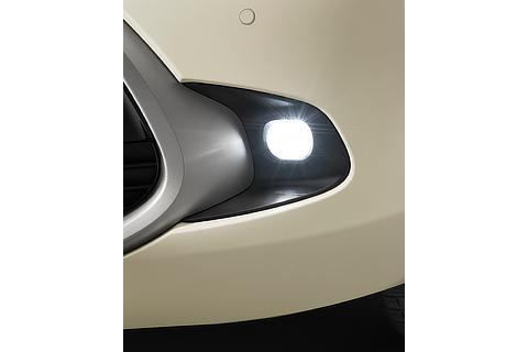 LEDフロントフォグランプ ※Zに標準装備。G、Xにメーカーオプション