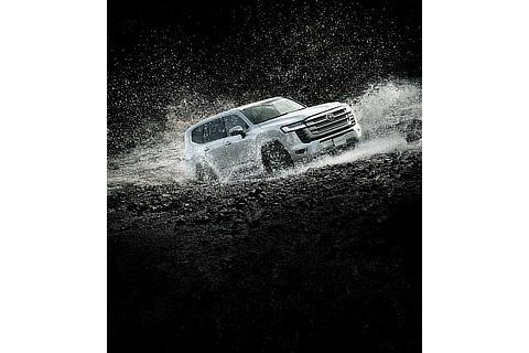 ZX(ガソリン車)(プレシャスホワイトパール)<オプション装着車>