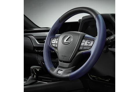 "UX250h 特別仕様車""F SPORT Style Blue"" ステアリング"