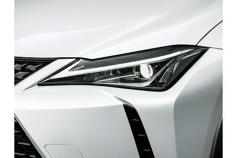 "UX250h 特別仕様車""Elegant Black"" LEDヘッドランプ"