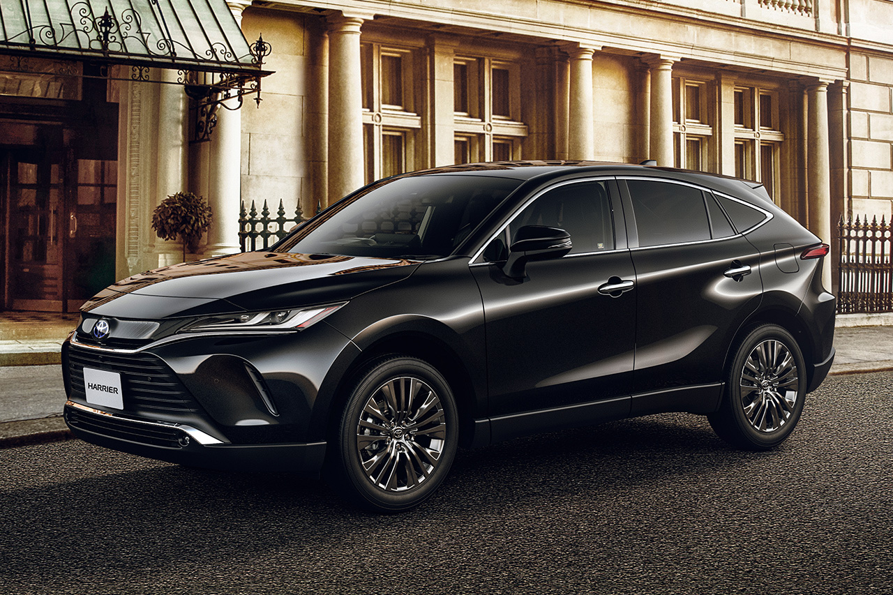 Toyota to Unveil New Model Harrier in Japan