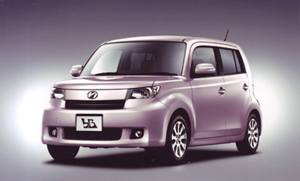 "bB Z ""Lパッケージ""(1.5L・2WD)<オプション装着車>"