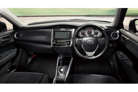 """1.8S""""AEROTOURER""""(2WD・CVT)(内装色 : ブラック)<オプション装着車>"""