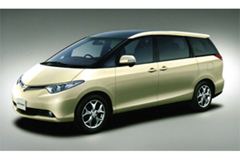 """The Estima """"G"""" (3.5-liter, front-wheel-drive, seven-seat vehicle, with options)"""